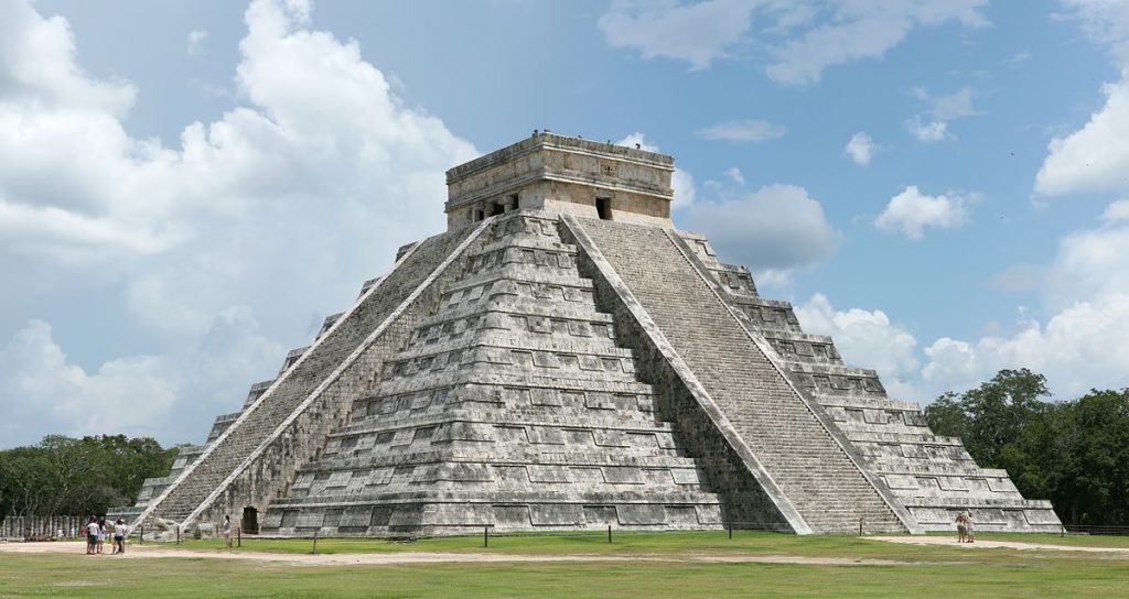 """Chichen Itza 3"" by Daniel Schwen - Wikipedia"